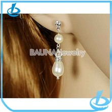 New Design Modern Vintage Style Wedding Earrings Crystal and Pearl Bridal Earrings