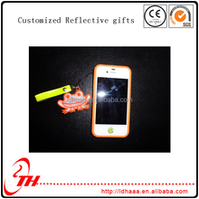 OEM customized reflective cellphone chain pendant promotional gift for send out