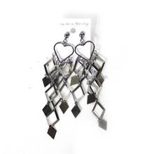 Heart chandelier women earrings alloy