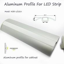 Plat en aluminium conduit profil avec le pmma diffuseur opale mat. pmma couvercle pour la décoration du cabinet