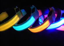 Fashional Safety Glow Luminous Flashing Lighting Up Necklace Nylon LED Pet Cat Dog Collar !!