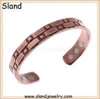 men's heavy copper bracelets, 6 HIGH STRENGTH MAGNETS. LARGE MAGNETIC COPPER BANGLE anique finished. ARTHRITIS AID. PAIN RELIEF
