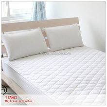 Colored Waterproof Breathable terry PU mattress cover
