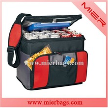 outdoor lunch bag with drink compartment