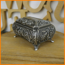 6046 classical trumpet flowers carved square ancient tin colored metal jewelry box jewelry box elegant furnishings