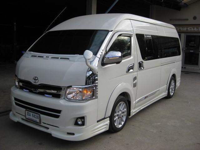 2013 Toyota Hiace Commuter VIP 2.5 MT