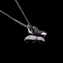 Wholesale Gifts Item Stock Fashion Jewelry White Gold Retro Butterfly Necklace, Cheap Birthday Gifts, Mother Day Gift Ideas