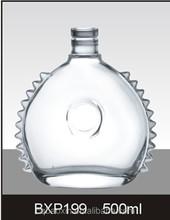 Fornecimento de fábrica personalizado design de alta qualidade limpar vazio brandy garrafa de vidro 500 ml