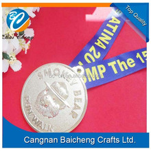 luxury attractive nice zinc alloy medal with lanyard stamped your brand logo for sport games and running competitions in athlete