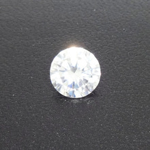 SINTÉTICO Ronda Brillante Corte (MAN MADE) Moissanite DIAMOND (G-H COLOR)