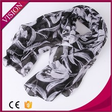 2015 cheapest new fashionable design flowers polyester scarf