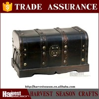 great antique look Old Style Barn Wood Trunk/Box
