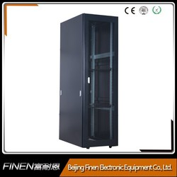 Aisle containment system FINEN floor standing 19'' cabling server rack 42u