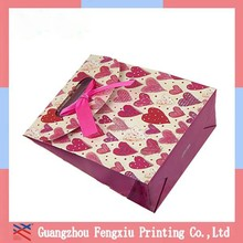 Hot Sale Christmas Gift Paper Packaging Bag With Lovely Button