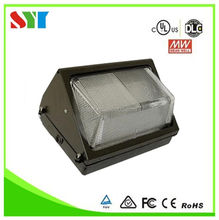 Dlc ul listed 90w outdoor led wall pack light daylight with 5 years warranty