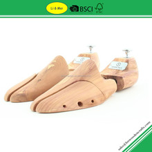 LM003G Hot Sale Eco Friendly Wooden Cedar Shoe Trees Wholesale With Metal Brand