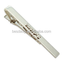 zinc alloy silver plated 3D embossed tie clip