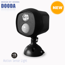 New Products High Power Wall Mounted Battery Operated Spot LED Motion Sense Light With Waterproof For Indoor And Outdoor