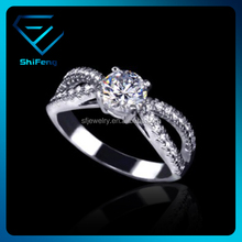 Best Christmas Gifts Wave Band Design CZ Stone Engagement Finger Rings for Women