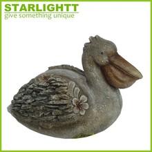 handmade Hotsale polyresin pelican statue