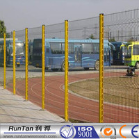 Green pvc coated welded highway wire mesh fence