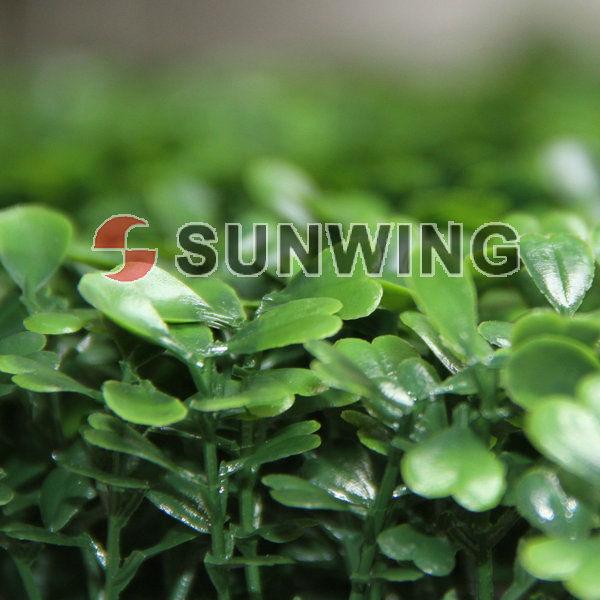 Jardines peque os con arreglos florares artificiales - Arbustos para vallas ...