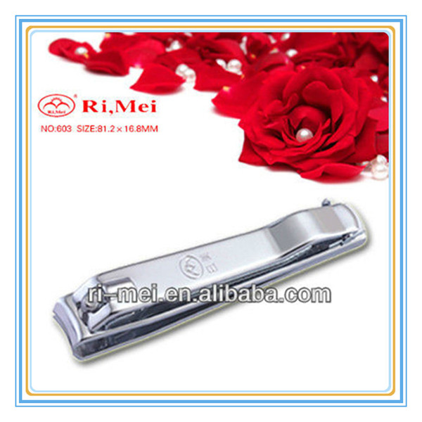 nail cleaning tool /nail kit with plastic cover For India
