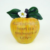 2015 hot sale of Polyresin apple statues home dector/ new product of top quolity polyresin table apple statues