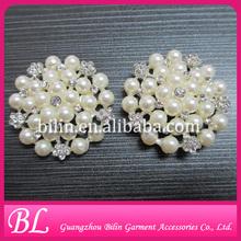 hot sale charming flower rhinestone pearl brooches