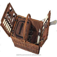 picnic basket for 2/4 people using ,low price and environmental protection