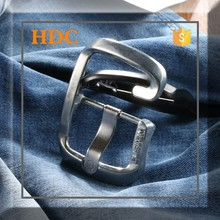 2015 hot selling fashion black metal pin belt buckle