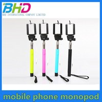 Wholesale Extendable wired selfie handheld stick, stainless monopod selfie stick for cell phone
