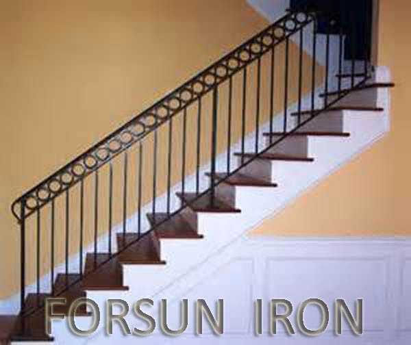 treppe handlauf in schmiedeeisen f r haus br stung und. Black Bedroom Furniture Sets. Home Design Ideas