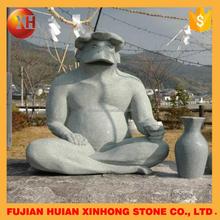 focus on large size handcraft casting bronze gargoyle statue