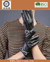 2015 A/W pretty bowknot trimmed ladies leather gloves