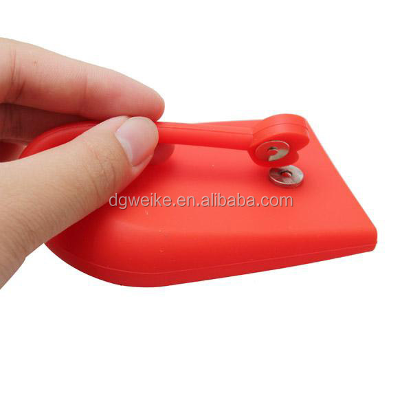 wholesale-key-chain-hasp-style-silicone-pouch (2).jpg