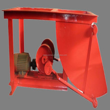 Long service time mineral pendulum feeder