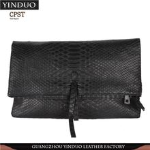Best Selling New Design China Knitted Clutch Bag