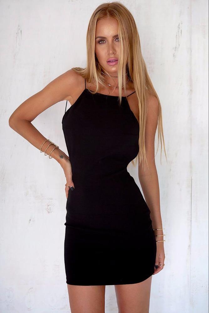 Vêtements designer one piece parti robe croix discothèque sexy sling mousseline de soie sexy femmes robes médiévales