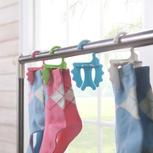 2015 New Plastic Hanger Drying Washing Dryer Housewife Helper Eco Laundry Ball