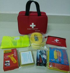 Portable Emergency Road Kit, roadside safety kit with CE, EN ISO13485