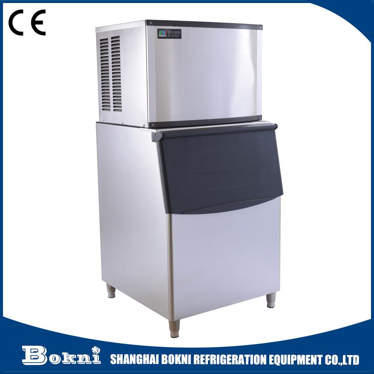Máquina de fazer gelo de uso comercial com capacidade de saída de 250 Kg / dia e compressor importado