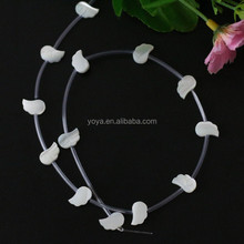 SP4128 Wholesale White Carved Pink MOP shell wing beads