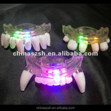 Fun Led Flashing Mouth Teeth