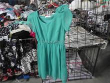 popolare negozi di abbigliamento usato