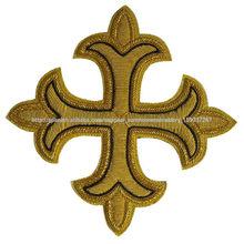 iglesia de la mano de bordado Insignias alambre lingotes cruz