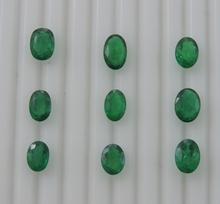 ( cig) Piedras preciosas esmeralda verde natural zambia ovalada
