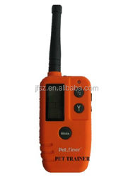 LCD&expandable to 2 dogs training products PET910 from China,One remote controller can control two dogs/ collars