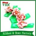 Venta al por mayor satén hechos a mano flores hacer venta