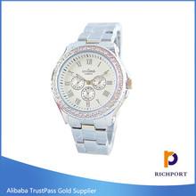 New Fashion Geneva Ladies Women Girl Unisex alloy case Wrist Watch